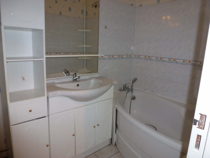 Location appartement Elancourt 895€ CC - Photo 5