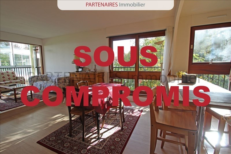 Sale apartment Le chesnay 320000€ - Picture 1