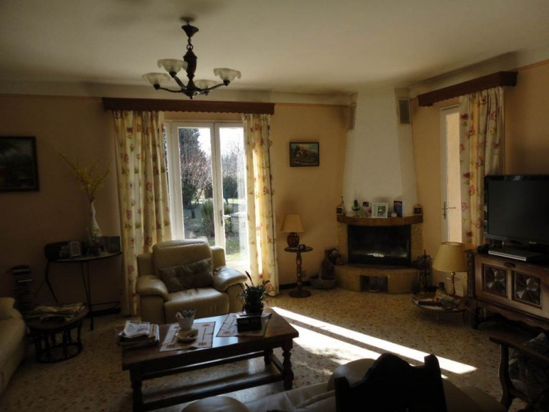 Sale house / villa Entraigues sur la sorgue 410 000€ - Picture 9