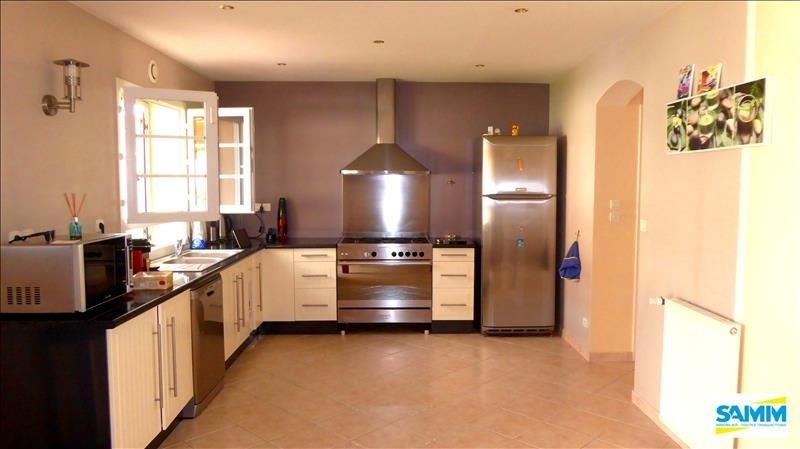 Sale house / villa Fontenay le vicomte 390000€ - Picture 4