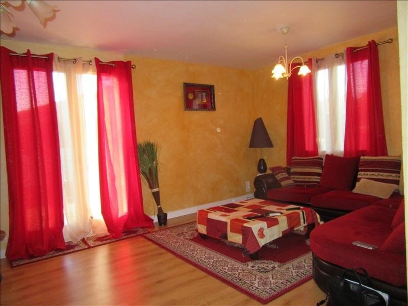 Sale apartment Courpiere 69000€ - Picture 1