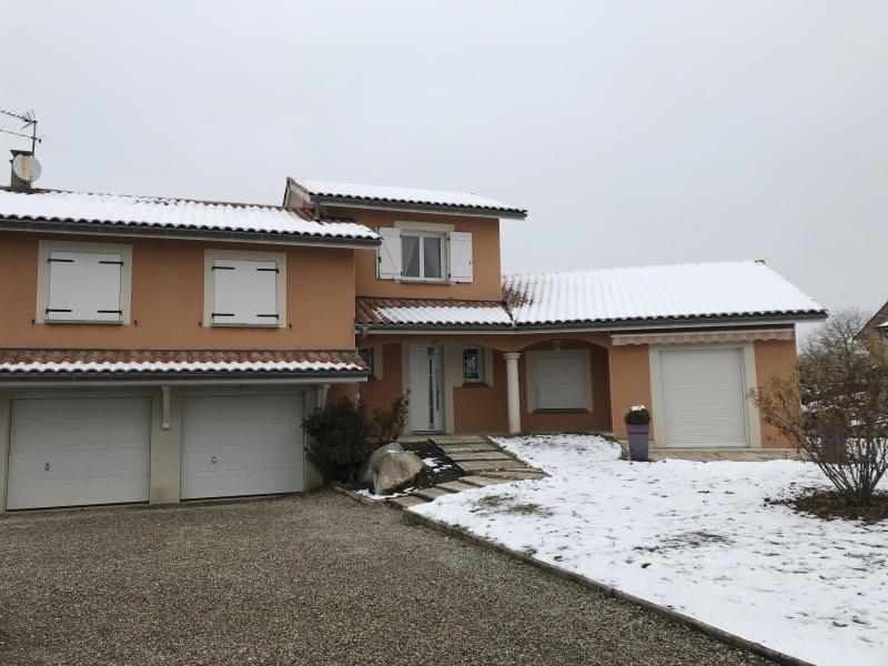 Location maison / villa Heyrieux 1200€ CC - Photo 1