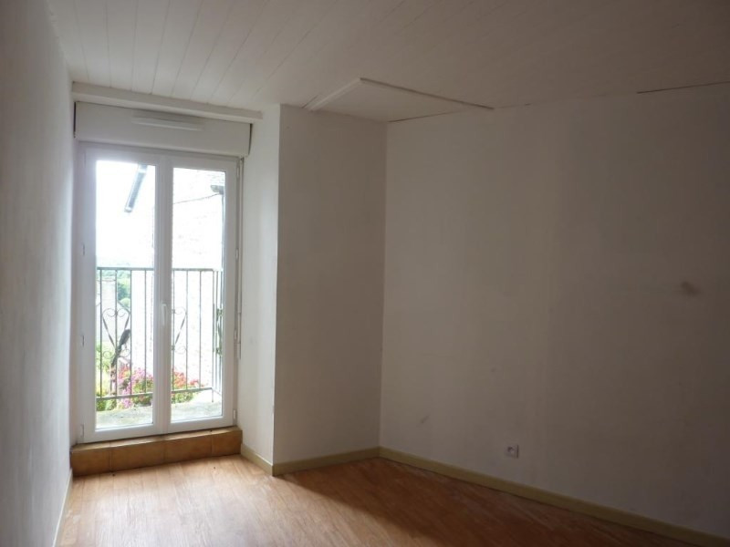 Vente maison / villa Montours 60400€ - Photo 5