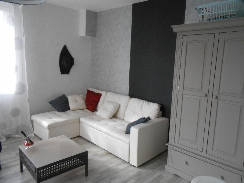 Sale house / villa Montguyon 167 000€ - Picture 2