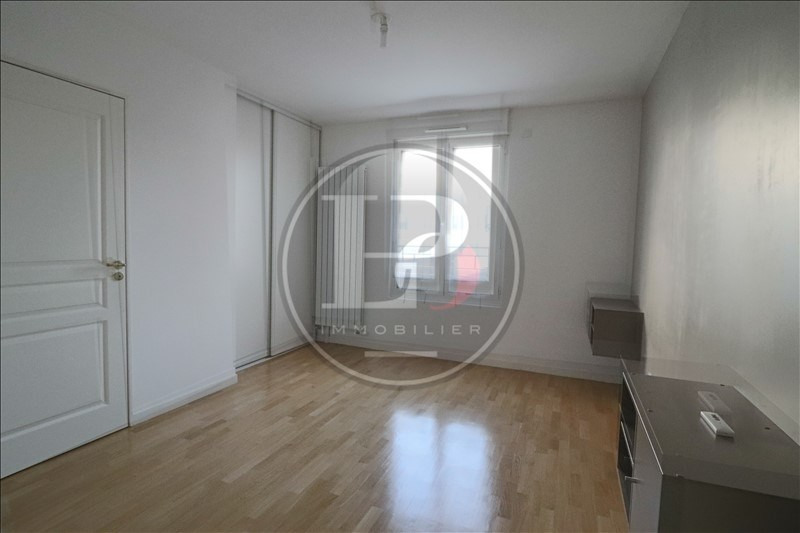 Sale apartment Le port marly 423000€ - Picture 2