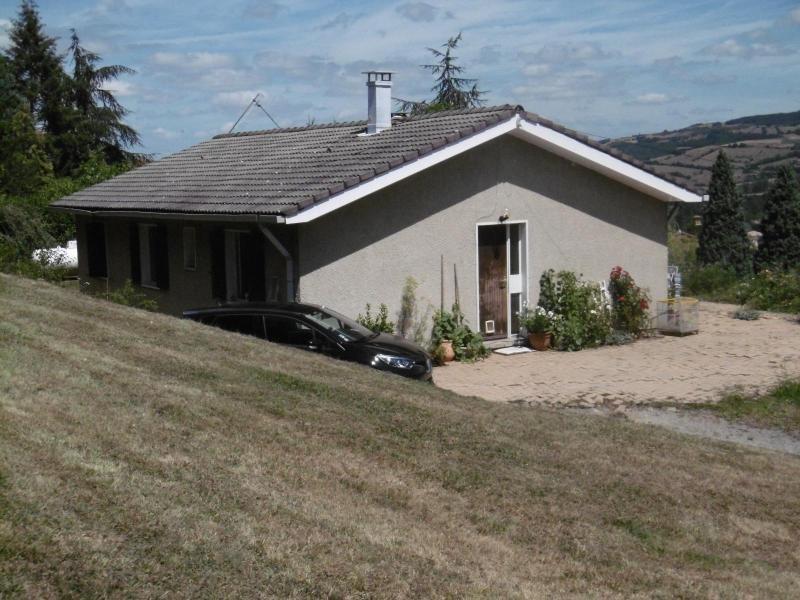 Rental house / villa La giraudiere 989€ CC - Picture 2