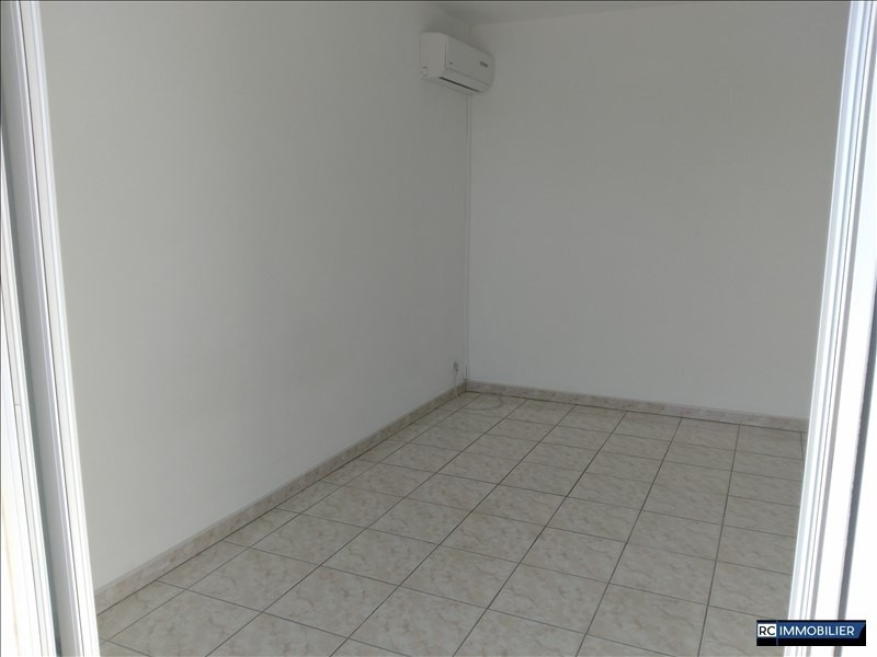 Location appartement Ste marie 850€ CC - Photo 6