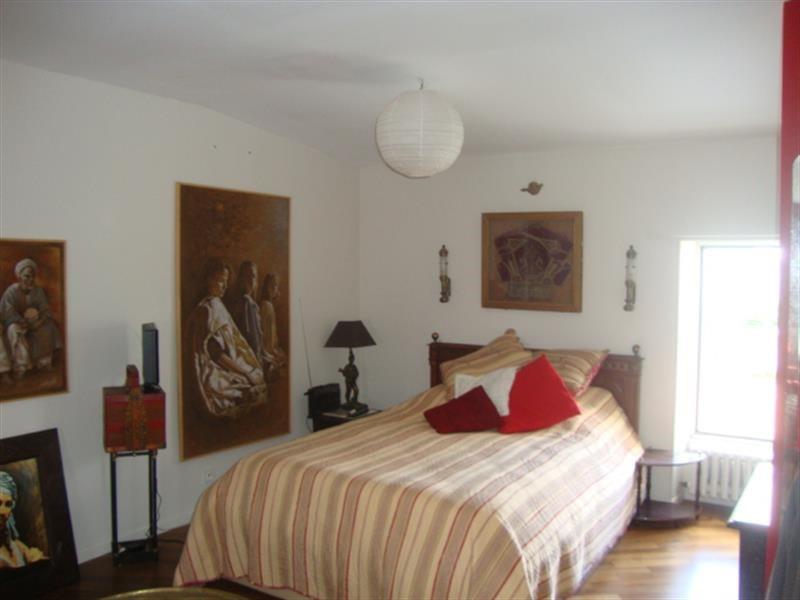 Sale house / villa Saint-jean-d'angély 327050€ - Picture 19