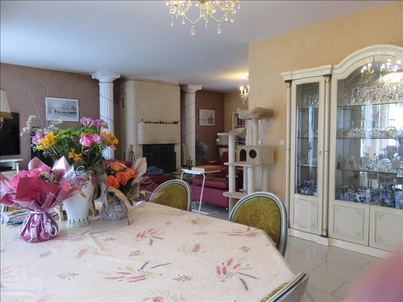 Sale house / villa Nanteuil les meaux 568000€ - Picture 2