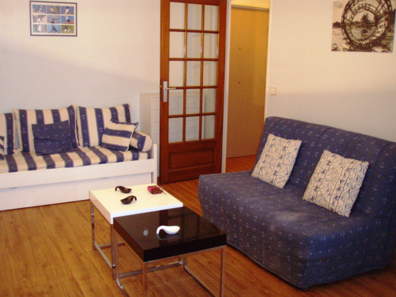 Rental apartment Honfleur 415€ CC - Picture 1
