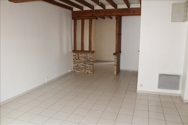 Rental apartment Villefargeau 580€ +CH - Picture 1