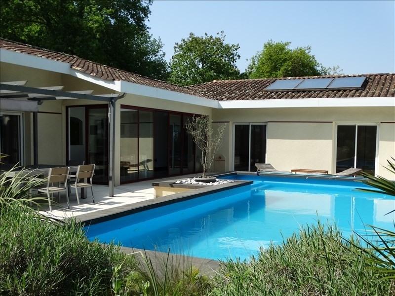 Deluxe sale house / villa Arsac 577500€ - Picture 1