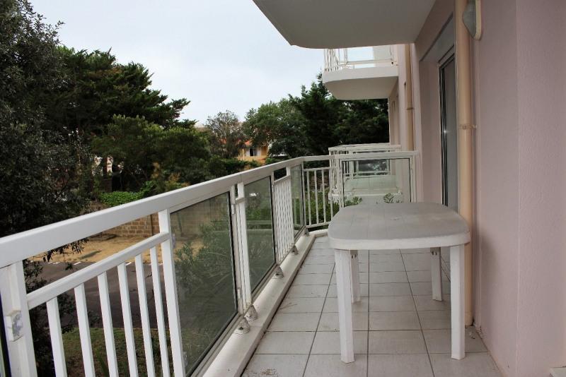 Sale apartment Les sables d olonne 525000€ - Picture 2