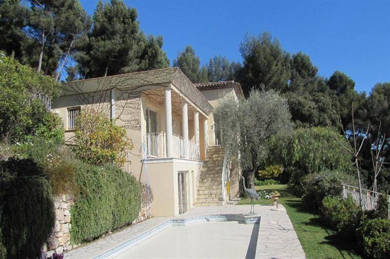Deluxe sale house / villa Le golfe juan 2650000€ - Picture 2