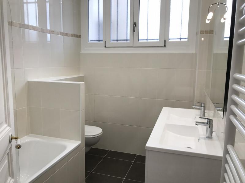 Location appartement Neuilly-sur-seine 2365€ CC - Photo 6