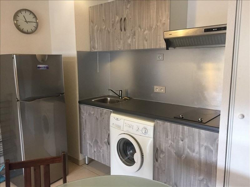Sale apartment Salon de provence 124000€ - Picture 2
