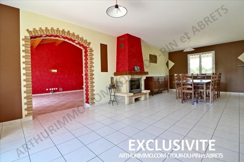 Sale house / villa La tour du pin 242000€ - Picture 2