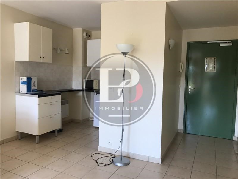 Location appartement Marly le roi 760€ CC - Photo 4