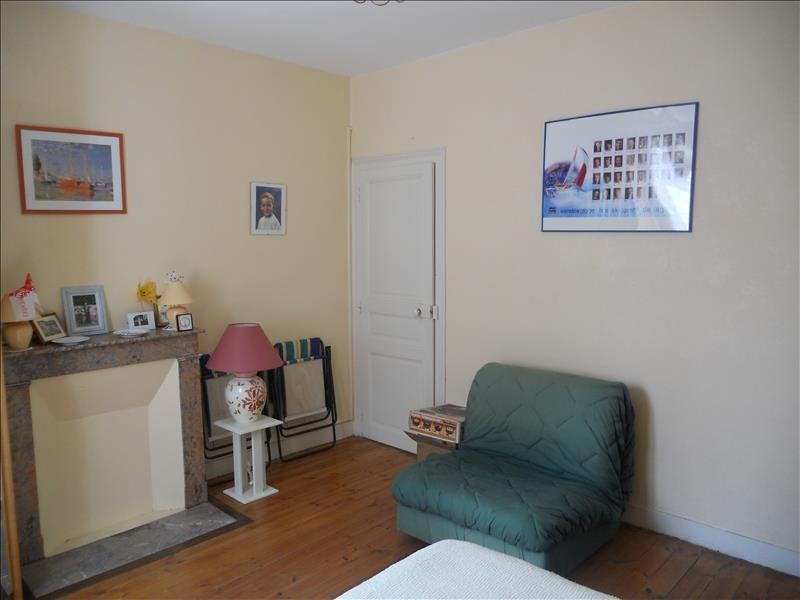 Sale apartment Les sables d olonne 122000€ - Picture 1