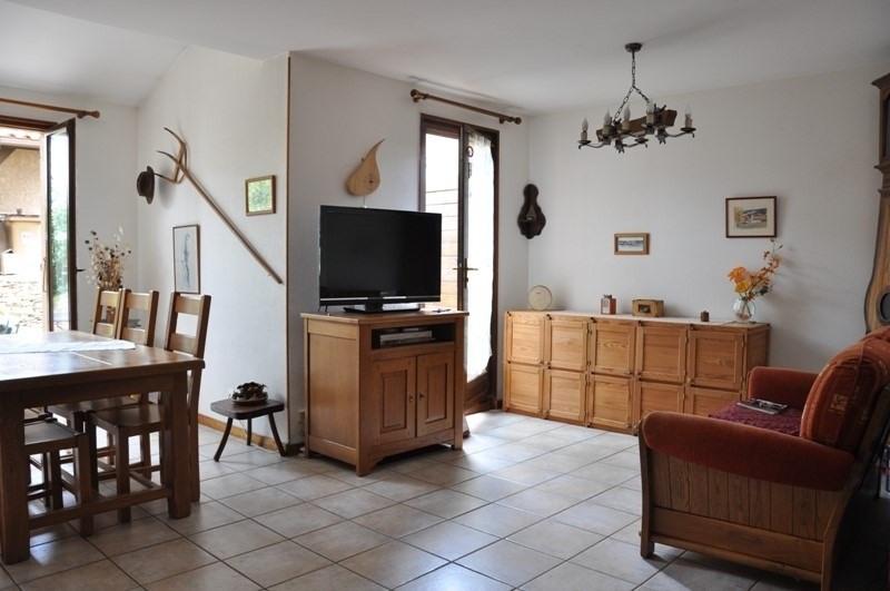Sale house / villa Pommiers 235000€ - Picture 3