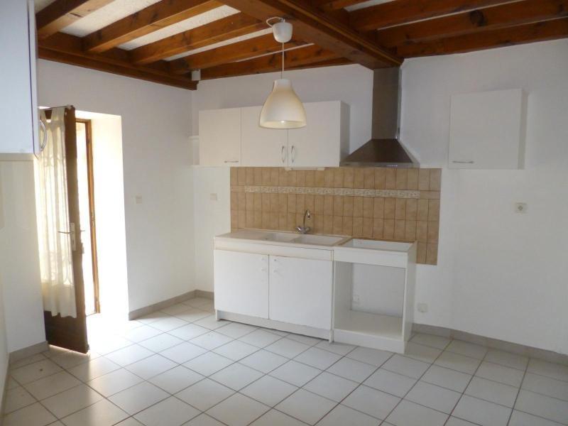 Location appartement Chatillon d'azergues 570€ CC - Photo 1