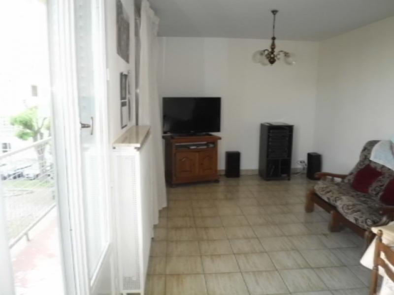 Sale apartment Decines charpieu 149000€ - Picture 2