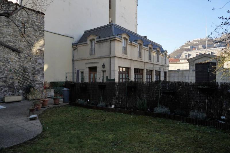 Deluxe sale apartment Grenoble 595000€ - Picture 17