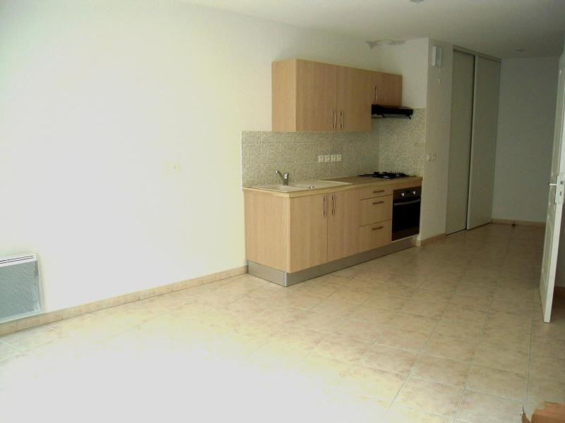 Location appartement Trets 595€ +CH - Photo 3
