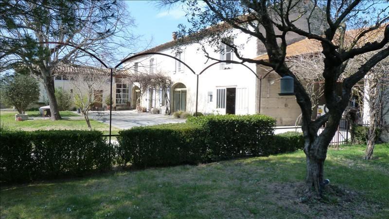 Deluxe sale house / villa Courthezon 650000€ - Picture 1