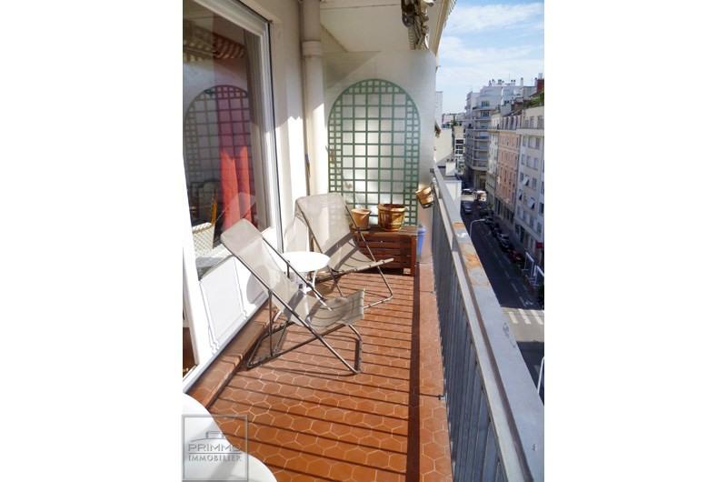 Rental apartment Lyon 3ème 1036€ CC - Picture 1