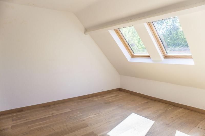 Sale house / villa Montfort l amaury 484000€ - Picture 7