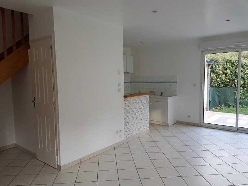 Location maison / villa Laval 515€ +CH - Photo 3