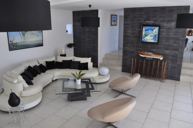 Deluxe sale house / villa Yssingeaux 595000€ - Picture 1