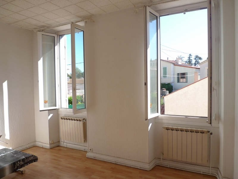 Location appartement Marseille 4ème 558€ CC - Photo 1