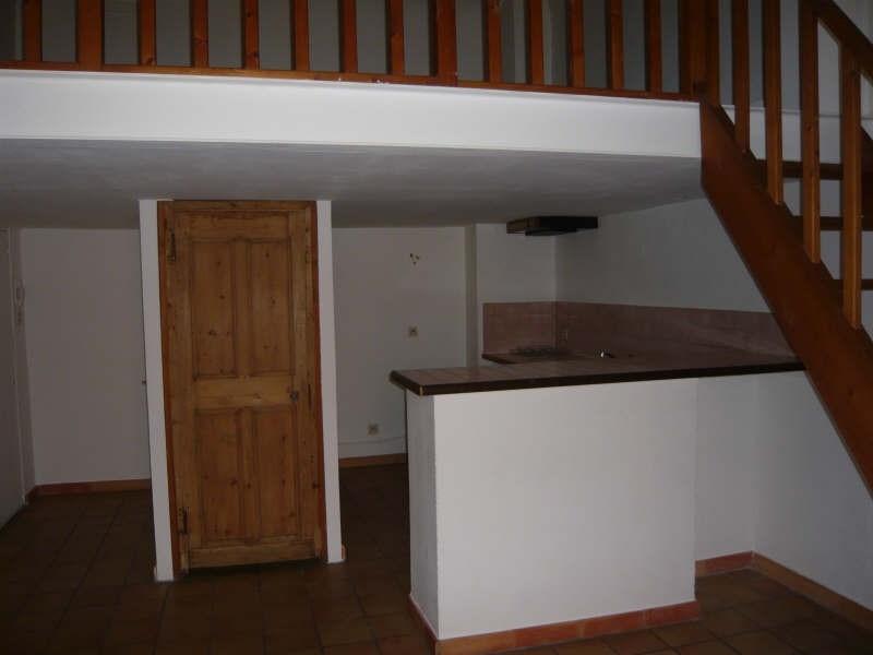 Rental apartment Aix en provence 735€ CC - Picture 1