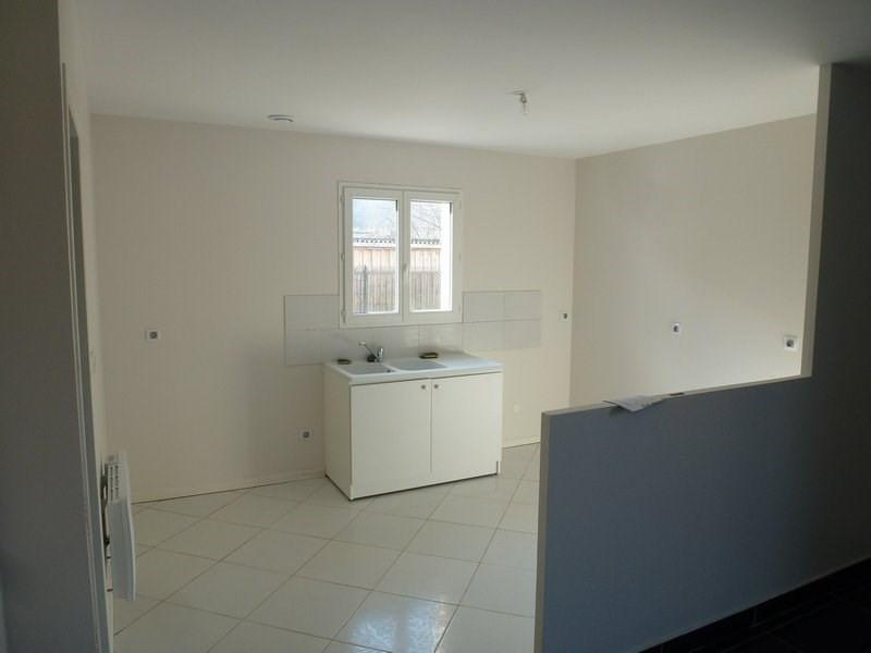 Sale house / villa Beaurepaire 169000€ - Picture 4