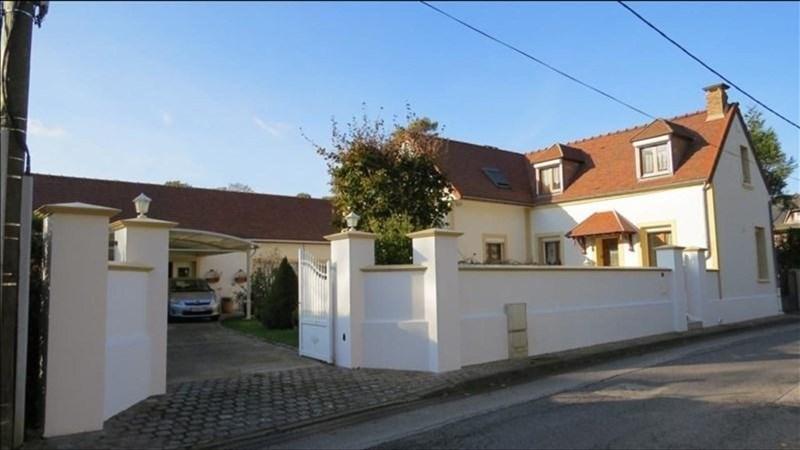 Sale house / villa Bornel proche 382600€ - Picture 1