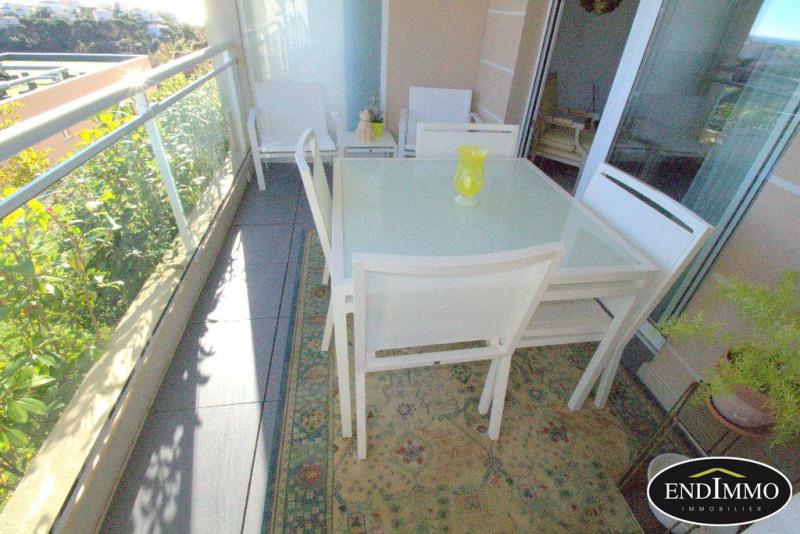 Sale apartment Saint laurent du var 275000€ - Picture 6
