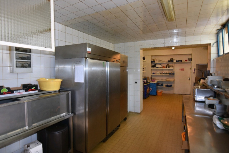 Vente local commercial Neuilly en thelle 365 000€ - Photo 5