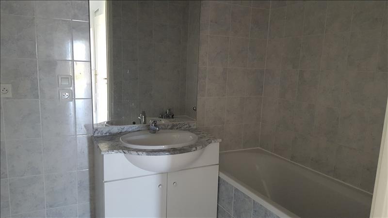 Location appartement Chevigny st sauveur 850€ CC - Photo 3