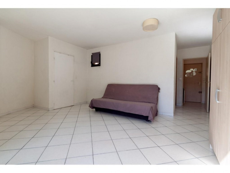 Location appartement Nice 745€ CC - Photo 1