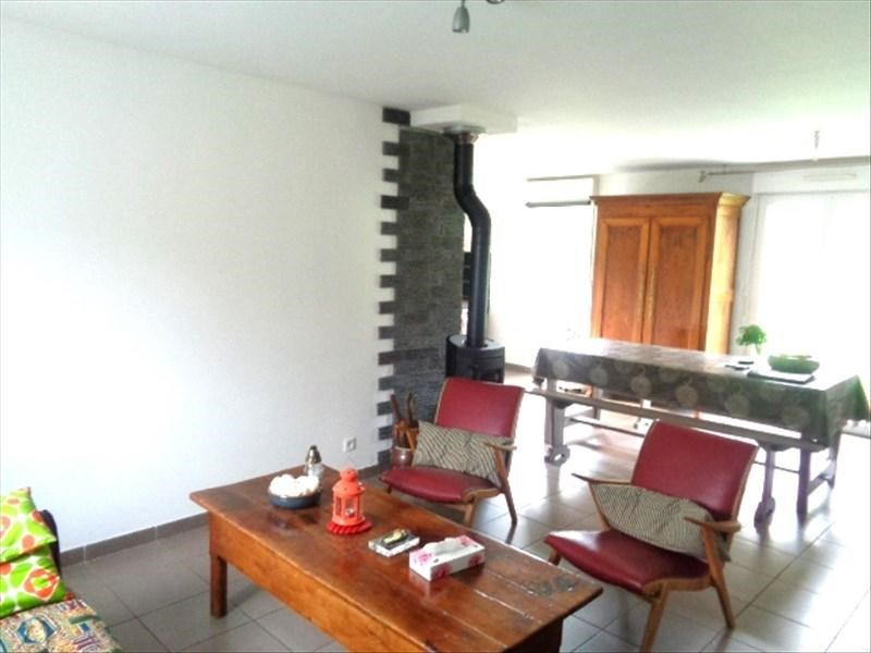 Location maison / villa Plumelec 610€ CC - Photo 2