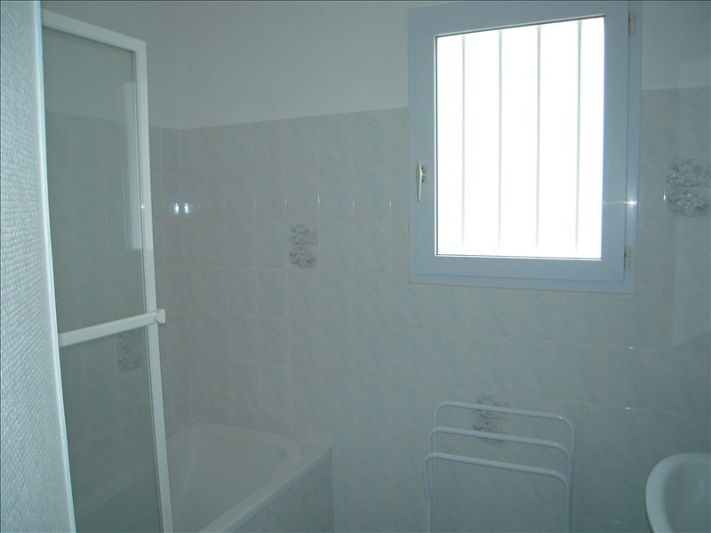 Rental house / villa Venansault 590€ CC - Picture 5