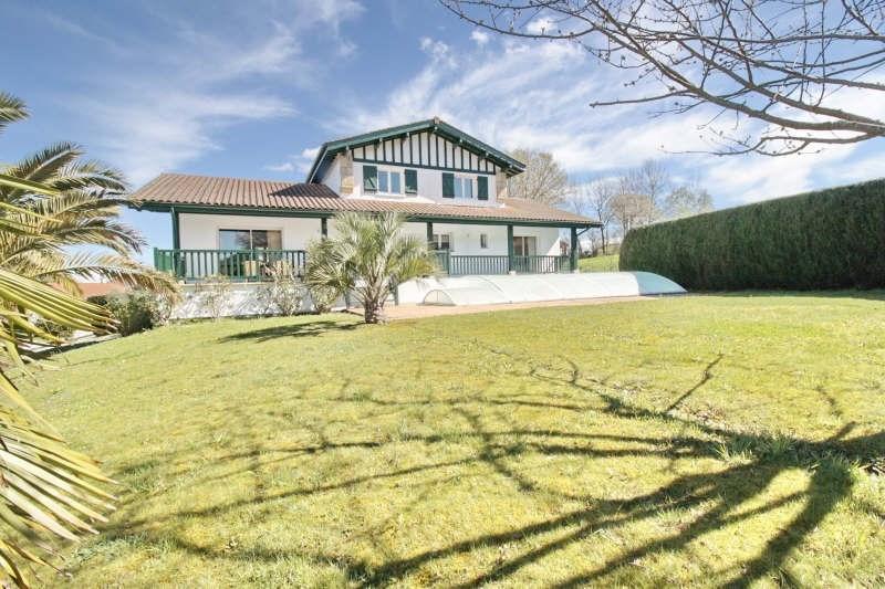 Deluxe sale house / villa Ascain 765000€ - Picture 2