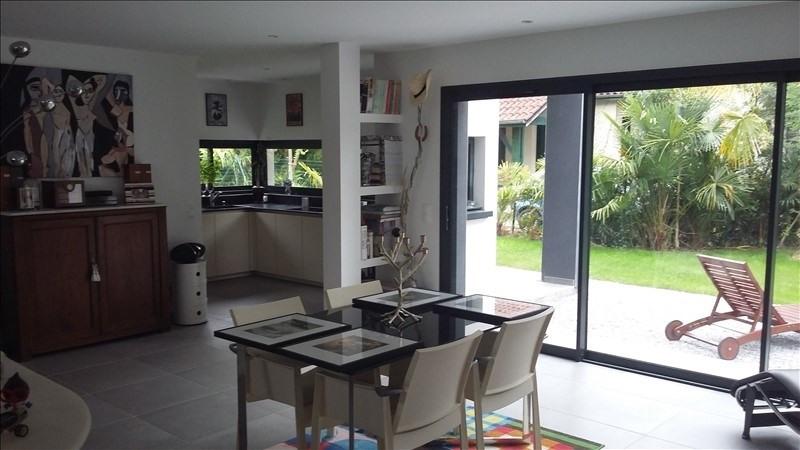 Vente maison / villa Pau 546000€ - Photo 2