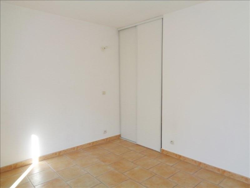 Rental apartment Crau 738€ CC - Picture 5