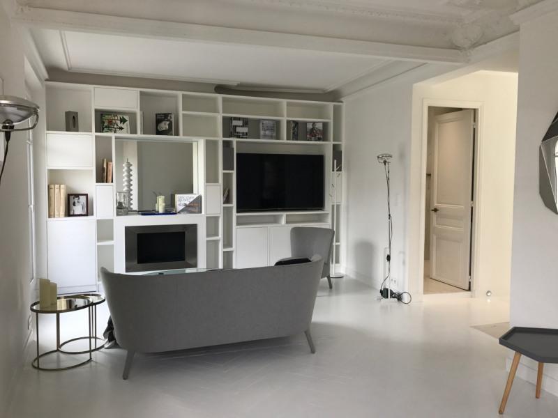 Rental apartment Paris 6ème 2670€ CC - Picture 2