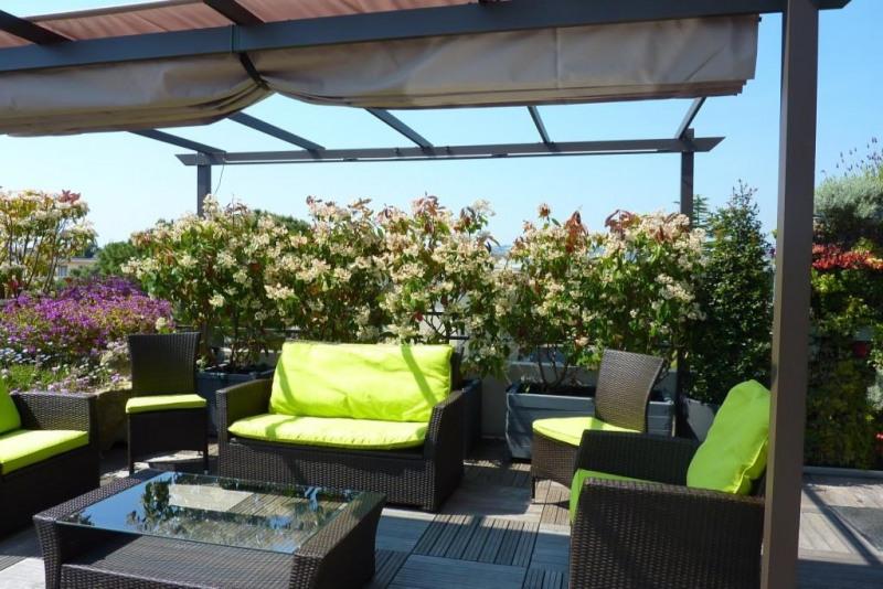 Deluxe sale apartment Juan les pins 1050000€ - Picture 2