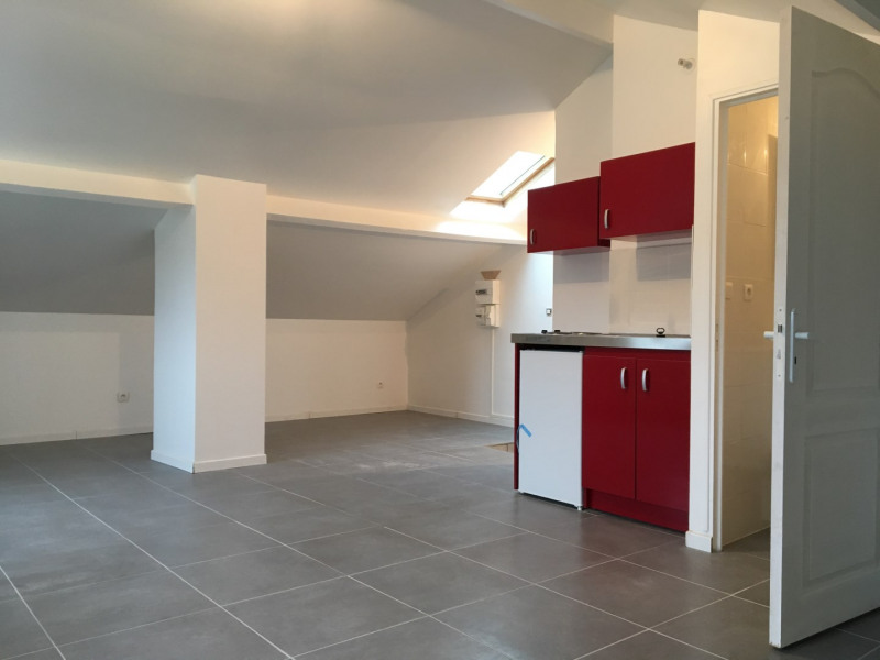 Location appartement Saint-leu-la-forêt 601€ CC - Photo 3