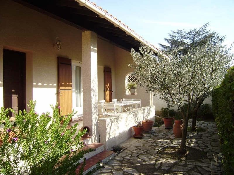 Sale house / villa Salon de provence 367000€ - Picture 1